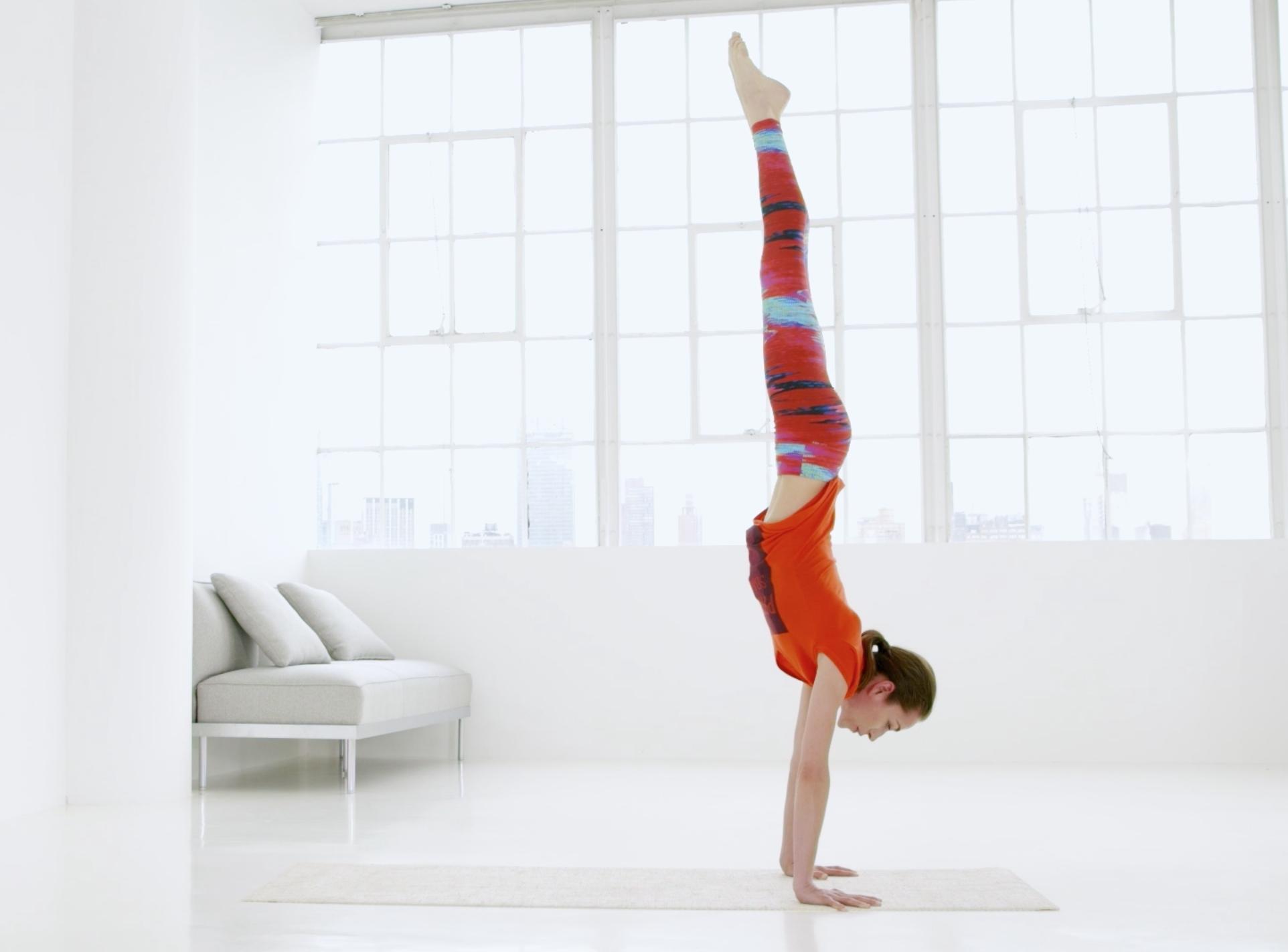 Easy Handstand Break Down